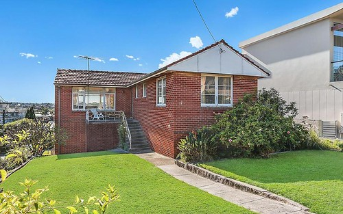 17 Highview Av, Queenscliff NSW 2096