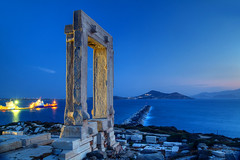 Naxos Pier (hapulcu) Tags: aegean cyclades grece grecia greece griechenland kiklades mediterranean naxos yunanistan island primavera printemps spring ελλάδα ελλάσ κυκλάδεσ νάξοσ