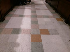 Cool (and original!) Millennium floor (l_dawg2000) Tags: 2017 2017remodel bakery dairy delicatesen floraldepartment food formergreenhousestore freshandlocal grocery grocerystore kroger localflair millington pharmacy tennessee tn unitedstates usa