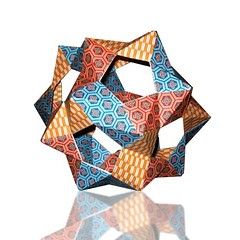 PHiZZ Dodecahedron (! Polyhedra !) Tags: art geometric japan paper origami experimental geometry craft math mathematics hull papiroflexia dodecahedron poliedro polyhedra novideo modularorigami platonicsolids dodecaedro unitorigami phizz geometricsculpture tomhull projectorigami thomashull