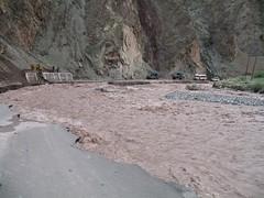 Road_washed_away_at_Upushi (Roopesh Kohad) Tags: kashmir srinagar leh manali ladakh khardungla pang keylong baralacha sarchu nubra fotula tanglangla shyok namikla