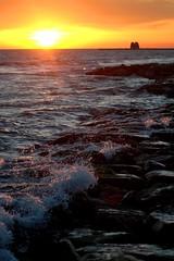 schiuma 2 (utopic's pics) Tags: tramonto mare d70s nikond70s sole schiuma