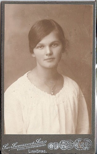 Maja as a young woman