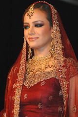Bride (Ariaana) Tags: model ramp media maroon jewellery bridal fashionshow modelling catwalk pakistanfashion ariaana lajwanti saragilani