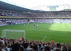 Tottenham Hotspur F.C. Vs. Fulham F.C. (OrganikPhotoGrafik) Tags: null spurs football soccer fulham tottenham tottenhamhotspur whitehartlane fulhamfc
