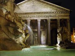 Pantheon (mattrkeyworth) Tags: longexposure rome fountain statue night nightshot nacht roman sony pantheon gargoyle nuit nachtaufnahme langzeitbelichtung agrippa nachaufnahme p12 sonyalpha dscp12 nightset mattrkeyworth fuentedeldelfn
