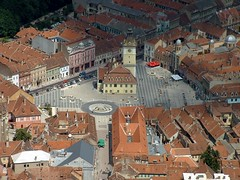 Brasov (ribizlifozelek) Tags: roof red cityhall corona romania brasov brasso roumanie top20travel kornstadt roumaniegroup