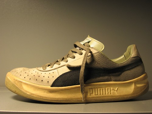 Adidas Sport Shoes: Elegant Sport Shoes with Puma Running ...