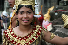 Khmer Beauty (mboogiedown) Tags: angkor wat temple bayon thom smile beauty girl woman apsara khmer cambodia cambodian dance dancer asian asia travel southeast kampuchea cambogia camboge apsaras court light siem reap theface khmersmile khmerbeauty itsallaboutthepeople beatravelernotatourist travelforpeace traditional tradition culture cultural       theravada mapcambodia experiencecambodia dontjustseetheworldexperienceit buddhistnations buddhism buddhist vat reasontolearnkhmer faith beautiful east colorful   world women ifthephotographerisinterestedinthepeopleinfrontofhislensandifheiscompassionateitsalreadyalottheinstrumentisnotthecamerabutthephotographer~evearnold costume dress