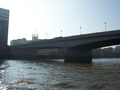 100_1420.JPG (Miki the Diet Coke Girl) Tags: england london thamesriver riverboatcruise