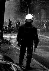 demo (spanier) Tags: city people blackandwhite bw kids dark demo freedom cops hamburg protest want demonstration 32 darkcity npd antifa wasserwerfer ritterstrasse wandsbek thekidswantfreedom hasselbrookstrasse