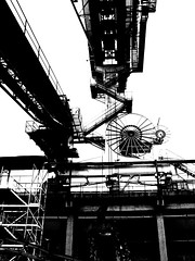 intrigoindustriale (Nicola Zuliani) Tags: bw grey industrial factory grigio nicola suburban decay bn verona industrie decadence sirmione vicenza factories marghera incrocio fabbriche decadenza portomarghera oberdan intrigo marchingegno grottino nizu esposte zuliani stampate 20070721 nicolazuliani scattimeccanici 20070811 dammatra nizuit 20070915 nnindustrial wwwnizuit