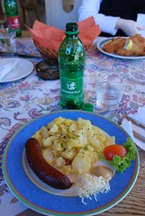 Smoked Sausage in Potatoes (Chinmong) Tags: austria grossglockner