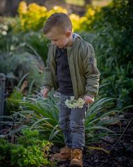 Picking flowers for Mum (nathanmeade_) Tags: harleygardens