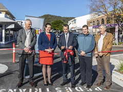 Opening Yacaaba Street Extension. (vk2gwk - Henk T) Tags: portstephens nelsonbay yacaabastreet extention road opening official event cbd