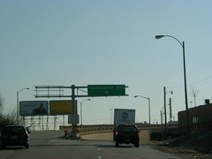 Interstate 64 & US 40 East at Exit 36D, Vandeventer Ave, Chouteau Ave exit (1999) (poundsdwayne47) Tags: interstate64 missouri us40 1999 exits us61 stlouiscounty button copy signs highways freeways