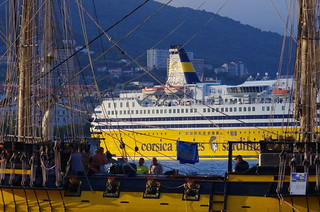 518 - Bastia à travers le Port