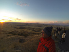 Selfie at Sunset (David J. Greer) Tags: bcpa photo workshop adventure travel steptoe butte palouse washington evening flying person dusk clouds vista fall sky sunset fields selfie portrait people crowds hillside horizon hat coat glasses
