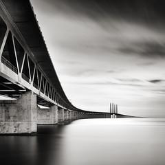 * (Per Arne Hovland) Tags: bnw bnwphotography monochrome seascape malmö öresund broen bridge sweeden blackandwhite square
