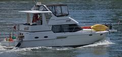 Moxie On The River (Scott 97006) Tags: river shipcraft water ride transportation recreation cruiser cruising