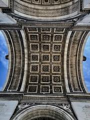 Arc de Triomphe (Marianna Gabrielyan) Tags: ceiling paris france arcdetriomphedelétoile arch symmetry