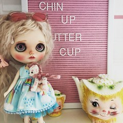 Chin Up Butter Cup💗 (clarkenvironmental) Tags: customblythe pinkhair jelly ooak blythe