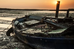 Essex Barling Hall Creek. (daveknight1946) Tags: fishingboat fishingboatwyn sunrise sun mud barling essex barlinghallcreek