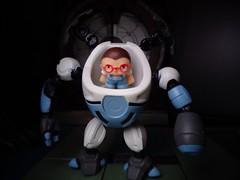Wedgie (ridureyu1) Tags: ready2robot robot mecha mech pilot toy toys actionfigure toyphotography sonycybershotsonycybershotdscw690