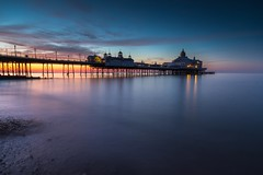 Sunrise at Eastbourne - Sussex (E_W_Photo) Tags: eastbourne pier sunrise sussex sea longexposure canon 80d sigma 1020mm leefilters