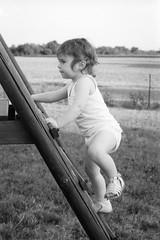 . (Film_Fresh_Start) Tags: 24x36 argentique ilfordfp4125 nikkorpauto105mm25 nikkormatftn slr nb bw film portrait childhood enfance