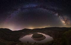 Night at the Meander (Javiralv) Tags: meandromelero riomalodeabajo lashurdes cáceres extremadura españa spain stars milkyway night estrellas noche víaláctea arcogaláctico astrofotografía astrophotography