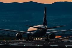 20180714 ITM JA714A (dora9092) Tags: allnipponairways 伊丹空港 ana rjoo osakainternationalairport 大阪国際空港 777200 boeing777281 itm 千里川土手 全日空 itamiairport