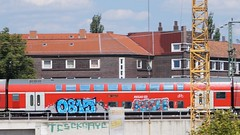 Graffiti (Honig&Teer) Tags: honigteer hannover graffiti db deutschebahn dbregio spraycanart streetart steel sport art aerosolart eisenbahngraffiti eisenbahn railroad railroadgraffiti train treno trein t traingraffiti trainspotting trainwriting trainart urbanart panel bombing benching vandalismus aerosol vandalism