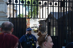 Downing Street Police (afagen) Tags: london england uk unitedkingdom greatbritain westminster downingstreet 10downingstreet number10 police security