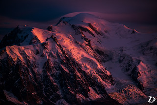 Alpenglow ©DeschampsDamien