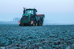 Regenerative fertilization of winter oilseed rape | JOHN DEERE // AMAZONE (martin_king.photo) Tags: spring springwork2018 regenerative fertilization regenerativefertilization johndeere johndeere8200 jdrx johndeere9620rx amazone amazonezats4200 fertilizerspreader spreader oilseed rape springwork powerfull martin king photo agriculture machines strong agricultural great day czechrepublic sky fans work place big machinery yellow tschechischerepublik martinkingphoto welovefarming working modern landwirtschaft green red colorful colors blue mais maize corn photogoraphy photographer canon tractor tracs frozen frosty morning frost cold worker