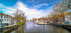 Bruges 2018 (17) (YᗩSᗰIᘉᗴ HᗴᘉS +14 000 000 thx) Tags: bruges landscape water longexposure laowa sony belgium europa aaa namuroise look photo friends be wow yasminehens interest intersting eu fr greatphotographers lanamuroise 7dwf