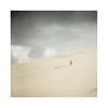 Sur la dune (Mathieu.L) Tags: dune sable seul alone serenity zen pyla pilat bassin arcachon quiet quiétude calm calme