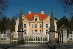 Pałac w Palmse (jacekbia) Tags: europa estonia lahemaa palmse pałac building budynek architecture architektura outdoor canon 1100d