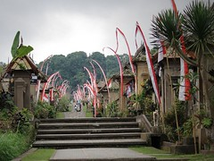 Merdeka flags at Penglipuran , Bali (scinta1) Tags: bali balinesehindu bangli penglipuran village kampung desa traditional road street umbulumbul flags merdeka