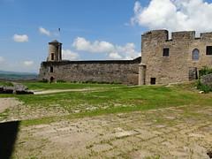 Sévérac-le-Château - Aveyron (Cherryl.B) Tags: château castle schloss remparts mur muraille pierres cité médiéval tourisme