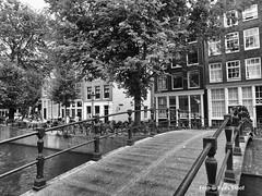 Brouwersgracht, 7-7-2018 (kees.stoof) Tags: brouwersgracht amsterdam centrum grachten canals bridge brug