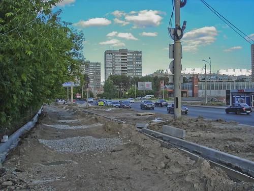 Ремонт тротуара на Высоцкого ©  ayampolsky