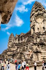 Angkor Wat Cambodia -40a (Yasu Torigoe) Tags: sony a99ii a99m2 sonyilca99m2 camboya cambodia angkor siem templo temple khmer architecture ancient ruins stonework siemreap history histoire building carving art surreal sculpture structure travel archeology thebestshot flickr best buddha buddhist hindu shiva devatas deity