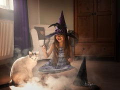 Abrakadabra (agirygula) Tags: magical cat witch hexe hexhex child verkleiden fantasy zaubern zauberstab wishes magic fun