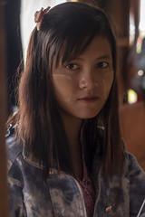 Tanakha (Nebelkuss) Tags: myanmar lagoinle inlelake asia birmania burma retratos portrait tanakha chica girl fujixt1 fujinonxf1855