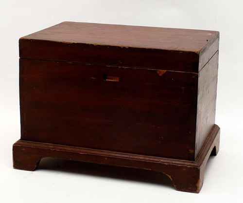 Miniature Blanket Chest w/ Bracket Feet ($190.40)