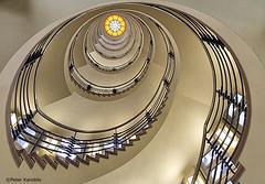 Hamburg - Brahms Kontor (peterkaroblis) Tags: hamburg treppenhaus staircase treppen stairs gebäude buildings architektur architecture innenarchitektur interieur interiorarchitecture interiordesign lines curves linesandcurves brahmskontor geometry geometrie
