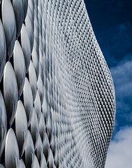 Futuristic.. (EYeardley) Tags: bullring selfridges shoppingcentre building architecture sky clouds city birmingham uk nikon nikon50mm 50mm inthecity futuristic silver blue unique dof 365challenge 365 day109