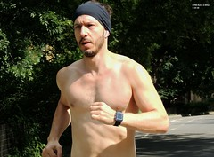 NYRR Retro 4-Miler  7-14-18 (local1256) Tags: nyrr centralpark newyork nyc race runner newyorkroadrunners candid portrait street retro4miler retro newyorkcity summerrun 4miles chest shirtless